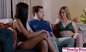 Step Sis What we both want for Christmas is a nice, juicy, warm creampie S17:E1
