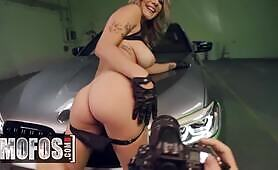 Big tit amateur blonde Gabbie Carter rides POV